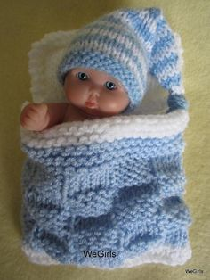 Afbeeldingsresultaten voor poppenkleertjes breien of hakenBaby Doll Sleeping Bag & Nightcap Knitting Dolls Clothes, Baby Doll Clothes, Crochet Doll Clothes, Doll Clothes Patterns, Knitted Doll Patterns, Knitted Dolls, Knitting Patterns, Crochet Patterns, Baby Knitting