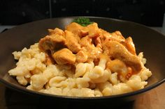 Food Network, Macaroni And Cheese, Curry, Food And Drink, Pork, Favorite Recipes, Meals, Cooking, Ethnic Recipes