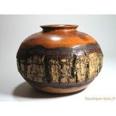 Vase en bois de noyer étanche Ø27 cm x H21 cm Wood Turning Projects, Diy Wood Projects, Wood Crafts, Lathe Projects, Wood Vase, Wood Bowls, Woodworking Box, Wood Creations, Christmas Wood