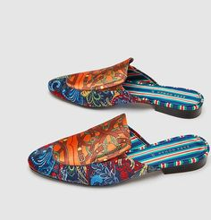@zara vuelve a inspirarse en @gucci con estas #mules que nos tienen enamoradas #trendencias #shoes #shoe #zapatos #shoelover #moda #fashion #trends #tendencias #zara #gucci #shopping #compras #shoes