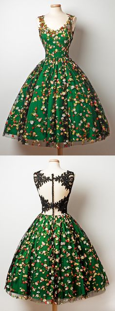 Vintage Dresses 2017 homcoming dresses,short prom dresses,short homecoming dresses,unique homecoming dresses,prom dresses for teens - A-Line V-Neck Tea-Length Sleeveless Dark Green Tulle Homecoming Dress with Appliques Unique Homecoming Dresses, Prom Dresses For Teens, Unique Dresses, Trendy Dresses, Simple Dresses, Cute Dresses, Beautiful Dresses, Short Dresses, Vintage Dresses For Teens
