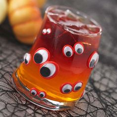 Cute Halloween treats kids can make! Some of these could work with a Monster party too :P http://www.parents.com/recipes/holidays/halloween/halloween-treats-kids-can-make/?socsrc=pmmfb1005126=14