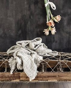 Sunday lov'n. Our Crush linen throw through the lens of the gorgeous Line Kay @vintagepiken.