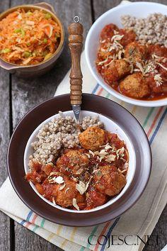 Obiad na Zdrowo: 15 FIT Przepisów na Zdrowy Obiad Calzone, Cauliflower, Recipies, Curry, Food And Drink, Lunch, Chicken, Dinner, Vegetables