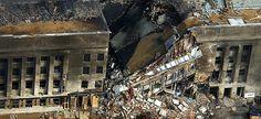Le Pentagone, le 11 septembre 2001 I TECH. SGT. CEDRIC H. RUDISILL / DOD / AFP