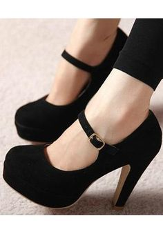 Black high hells shoes from bebpillo