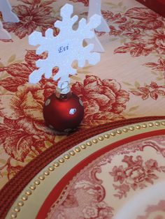 Holiday Table Name Cards