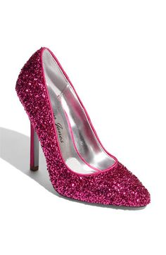 OK this really is the perfect shoe for My Style!  I could wear these with everything!!