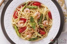Receita de Espaguete com camarão saboroso em receitas de massas, veja essa e outras receitas aqui!