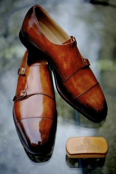 """dandyshoecare: """"Edward Green - Unique Edition"""" The new Patina by Alexander Nurulaeff - Dandy Shoe Care. Pezzo Unico for a collector from Canada Mr. A special thanks to Skoaktiebolaget in Stockholm. Der Gentleman, Gentleman Shoes, Gentleman Style, Me Too Shoes, Men's Shoes, Shoe Boots, Dress Shoes, Edward Green, Mode Man"""