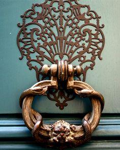 Detail :: Door knocker in Paris, France, French Bleu