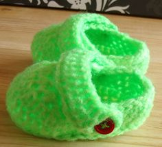 Baby Crocs - Free crochet pattern from Baby Crocs - Jenny Lawson (Craft Cove)