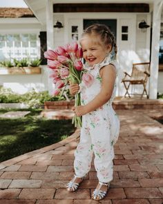 Rosie Belle is ready for spring time in her jumper and an armful of tulips! Little Babies, Cute Babies, Baby Kids, Little Girls, Cool Baby, Future Life, Future Baby, Little People, Little Ones