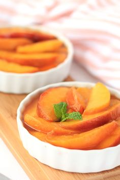 Slow-Cooker Scalloped Peaches! This is like the hot, gooey filling of a freshly baked peach pie... Skip the carby crust, and get to the good stuff! P.S. It's excellent over light vanilla ice cream.