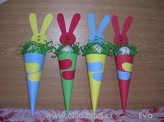 Výsledek obrázku pro výrobky s dětmi Easter Crafts, Planter Pots, Goodies, Holiday, Manualidades, Sweet Like Candy, Vacations, Gummi Candy, Holidays