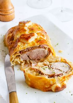 Easy and full of flavor, this pork tenderloin wrapped in a puff pastry is the perfect main dish for a festive dinner.