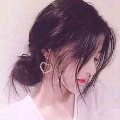 Read 2 from the story avatar đôi. Couple Ulzzang, Ulzzang Korean Girl, Cute Korean Girl, Asian Girl, Couple Aesthetic, Aesthetic Girl, Best Anime Couples, Kim Jisoo, Uzzlang Girl