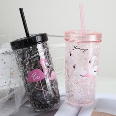 Cold drink cup Spa Party Cakes, Girly Things, Cool Things To Buy, Copo Starbucks, Cute Water Bottles, Drink Containers, Cute Coffee Mugs, Cup With Straw, Cute Cups