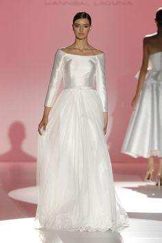 Los vestidos de novia de Hannibal Laguna foto 05...
