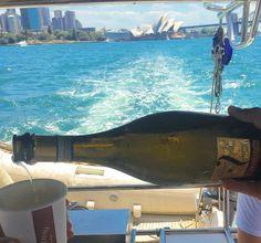 #Fun in the #Australian #sun with #Fantinel #Prosecco😎  #Sydney #sea #boat #tour #travel #sail #beautiful #landscape #landscapephotography #bubbles #cheers