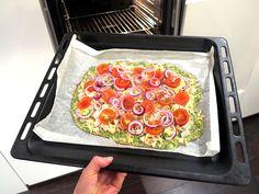 Broccolipizza - optimala rätten för dig som älskar pizza och samtidigt vill ha mer av det gröna och sköna. Här hittar du receptet på en god allt-i-ett-rätt.