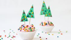 Christmas Tree Cupcake Toppers   eHow Crafts