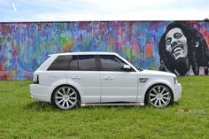 Range Rover @petroleumheads check out www.digitalcarworld.tv coming soon #cars #automobiles #sexy