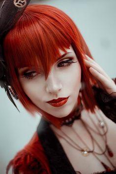 Madam Red - Cosplay - Black Butler