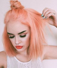 Hair Styles 2018 Blorange Hair Color Trend - 18 inspirations and tips for care Blorange Hair, Dye My Hair, Hair Day, Peach Hair, Pink Hair, Blue Hair, Corte Y Color, Bright Hair, Coloured Hair