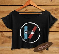 """#Twenty+One+Pilots+women+Crop+Top MATERIAL++: •+Cotton+100+% •+Shirt+color+:+White+&+Black •+DTG+Image+Process •+High+resolution+&+durable •+Comfortable+in+used SIZE+DETAILS+: Women+Crop+Top+One+Size+(+see+more+detail+in+size+chart+picture+)+: •+Width+19""""+(+armpit+to+armpit+)+&+Length+17..."""