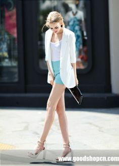 #white coat,#shorts