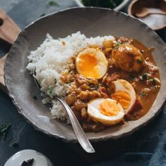 Easy Egg Curry - Tender eggs are smothered in a super rich curry sauce with a tomato and coconut base. The recipe shows you how to cook a tasty curry using minimal ingredients, making it a perfect dish for a busy weekday dinner. Curry Recipes, Egg Recipes, Cookbook Recipes, Vegetarian Recipes, Dinner Recipes, Healthy Recipes, Clean Recipes, Eat Healthy, Sauce Recipes