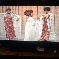 """BernNadette Stanis on Instagram: """"Shelter in place, Remembering The Good Times with Me! #THELMA Bust A Move! . . . #GoodTimes #Dancing #Singing #Funathome #LosAngeles…"""" Bernnadette Stanis, Norman Lear, Mike Evans, Bust A Move, All In The Family, Beautiful Black Women, Good Times, Shelter, Dancing"""
