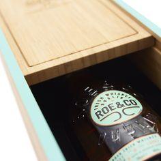 Roe & Co Wood Packaging - Trending Packaging Luxury Packaging, Custom Packaging, Luxury Cosmetics, Packaging Manufacturers, Packaging Solutions, Cosmetic Packaging, Wine Label, Packaging Design Inspiration, Food Preparation