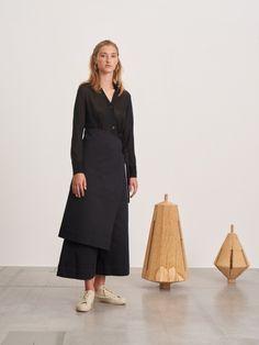 Studio Nicholson, Mature Fashion, Bridesmaid Dresses, Wedding Dresses, Yohji Yamamoto, Minimal Fashion, Work Wear, Duster Coat, Summer