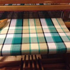 Loom Weaving, Tapestry Weaving, Hand Weaving, Daily Fiber, Weaving Projects, Weaving Patterns, Tea Towels, Fiber Art, Geometry