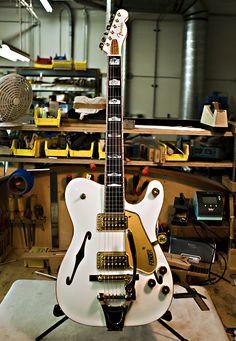 Fender Custom Shop White Falcon Tele