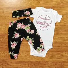 Fearfully and Wonderfully Made, Baby Girl Going Home Outfit, shower gift, floral. Cute Baby Girl, Baby Love, Cute Babies, Pretty Baby, Baby Clothes Online, Baby Kids Clothes, Baby Girl Fashion, Kids Fashion, Babies Fashion
