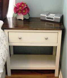 """I like this """"wood top with painted bottom"""" look for furniture. I could do this with the end tables mom gave me."""