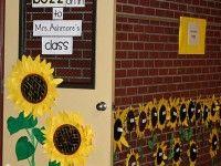 Bee Themed Classroom and Back To School Bulletin Board Idea