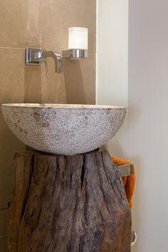 stump base for stone bathroom sink