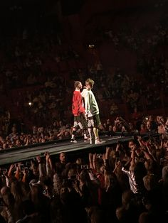 Marcus and Martinus concert I Go Crazy, M Photos, Justin Bieber, Ariana Grande, Mac, Tours, Wallpapers, In This Moment, Group