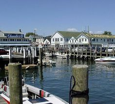 Greenport *PLAY for oysters and happy hour. *Greenport harbor brewery, beer tasting and chill. Fire Island, Long Island Ny, The Places Youll Go, Places Ive Been, Places To Visit, The Wheelhouse, Shelter Island, Island Girl, Small Towns