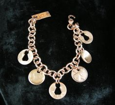 Check out this item in my Etsy shop https://www.etsy.com/listing/237654278/bracelet-copper-penny-8-6-altered-penny
