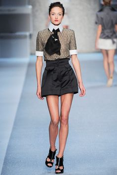 Karl Lagerfeld Spring 2010 Ready-to-Wear