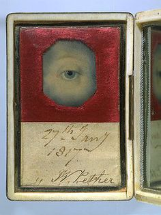 I tell ya, they did some creepy things back then. Lover's Eye Miniature in an Ivory Case with a Mirrored Lid, circa via Victoria and Albert Museum, London. John Smith, La Danse Macabre, Miniature Portraits, Miniature Paintings, Lovers Eyes, Eye Jewelry, Fashion Jewelry, Jewellery, Mourning Jewelry