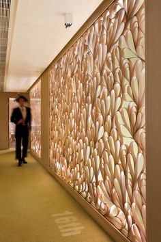 wood dividing wall, Hotel Madera suites