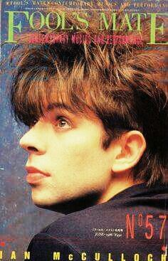 The young Ian McCulloch of British band Echo and the Bunnymen 80s Music, Good Music, Echo And The Bunnymen, New Wave Music, New Romantics, Those Were The Days, Post Punk, Great Bands, Punk Rock