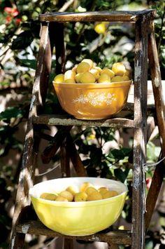yellow bowls of lemons