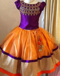 Mom and daughter dresses Kids Ethnic Wear, Kids Lehenga, Girl Clothing, Gold Bangles, Frocks, Kids Fashion, Girl Outfits, Daughter, Models